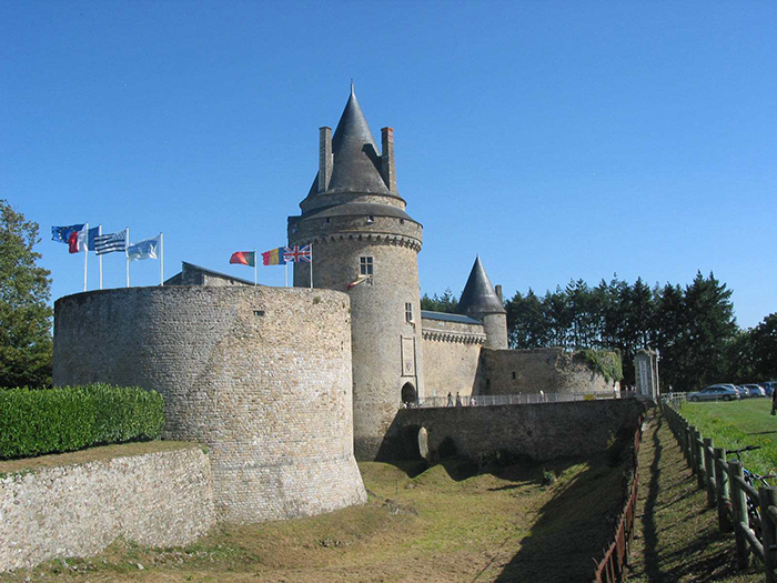 Chateau de la groulaie